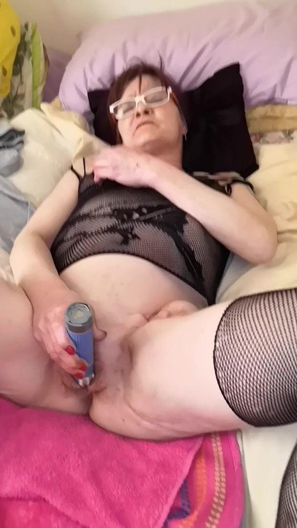 Oma gratis sex Gratis seks